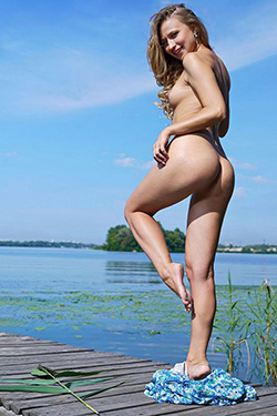 High Class Lady Irene Berlin Escort Tantra Massage She is looking for him