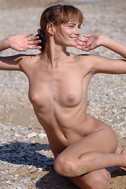 Top hooker Yannie Berlin escort erotic massage personals