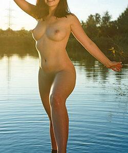 Hobby hooker Piara Berlin escort service in caravans or motorway rest stops, rest areas, sex dates